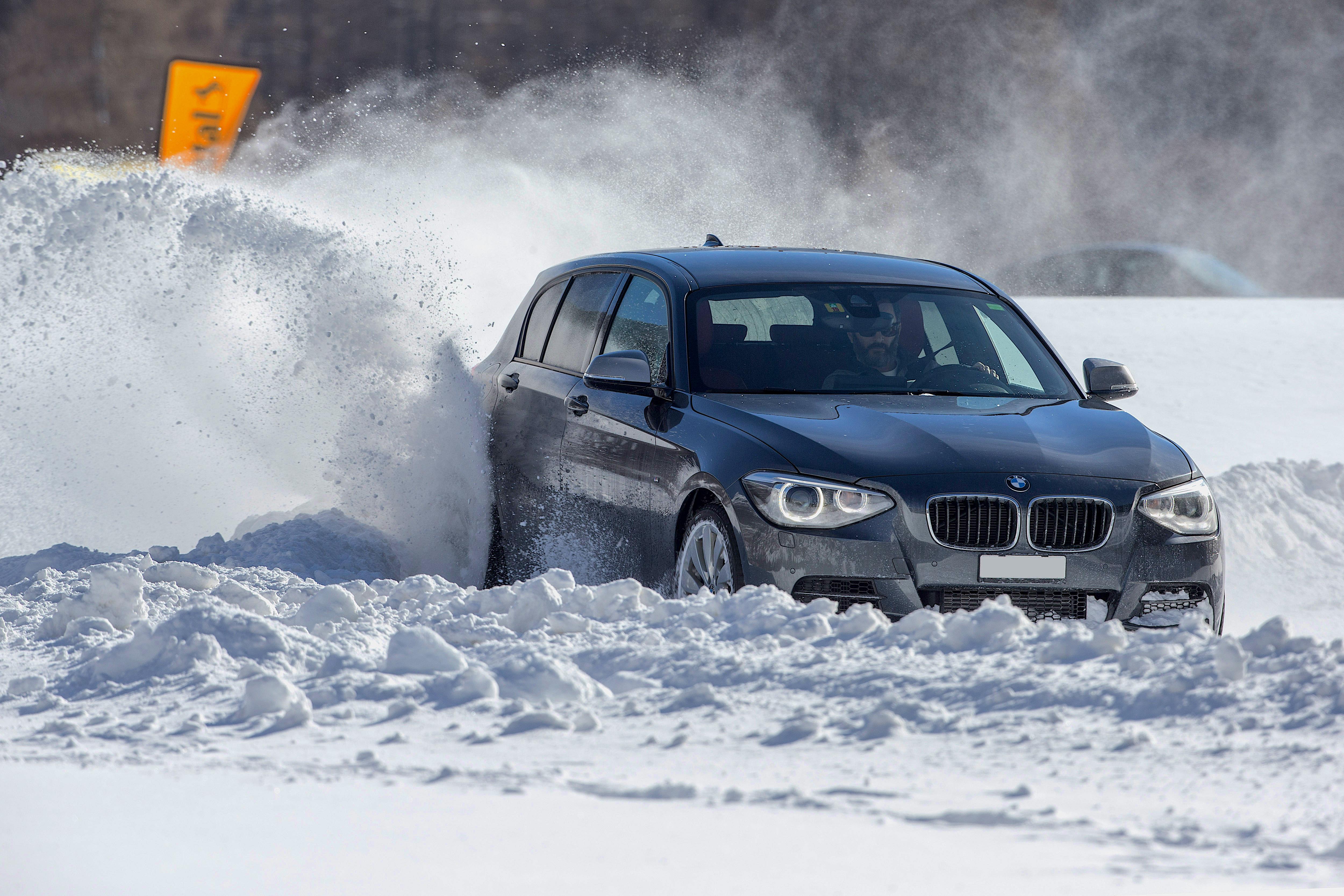 Gewinnen Sie ein cooles Winterfahrtraining in Bourg-St-Pierre (VS)